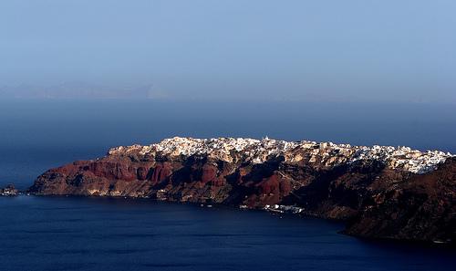 Santorini z dálky