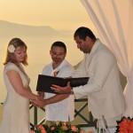 Svatba na Santorini, oddávání