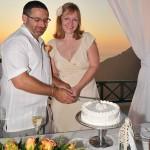 Svatba na Santorini, krájení dortu